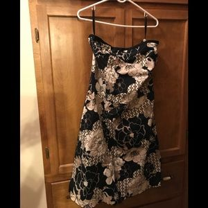 Old Navy Beautiful strapless dress